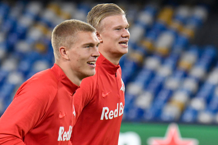 Rasmus Kristensen (l) met Haaland.