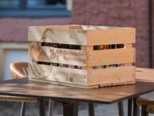 Met speciaal kratje kunnen Zutphenaren toch nog het 'Bokbierdaggevoel' krijgen