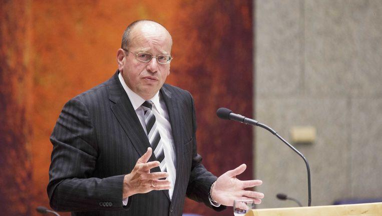 Staatssecretaris Fred Teeven van Veiligheid en Justitie tijdens het debat over de strafbaarstelling van illegaliteit en het versoepelen van het vreemdelingenbeleid. Beeld ANP