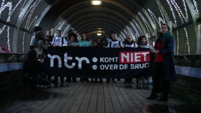 Tegenstanders Zwarte Piet nemen nu ook Sinterklaasjournaal onder vuur en blokkeren Mediapark