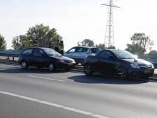 Verkeer op A73 in avondspits vast door ongeluk