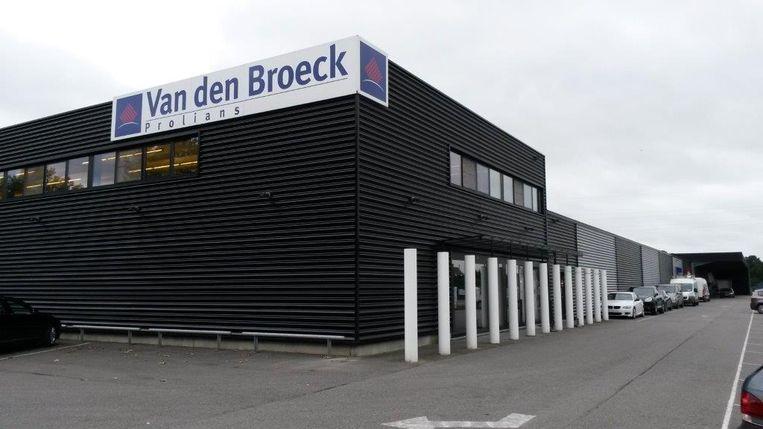 De firma Van den Broeck- rolians is gevestigd aan de Atealaan in Herenthout.