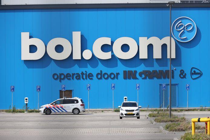 Het distributiecentrum van Bol.com in Waalwijk werd zondag overvallen.