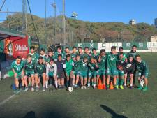 Hengeloos voetbaltalent Liam Acar (11) traint mee met jeugdselectie Boca Juniors