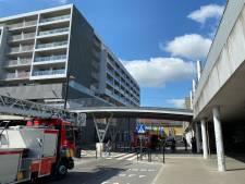 Brand aan Brugs station wellicht door weggegooide sigaret