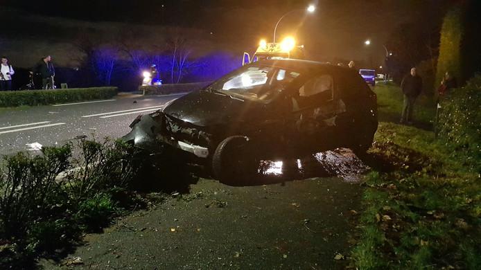Ravage na ongeluk op de Provincialeweg West - N228 in Haastrecht.