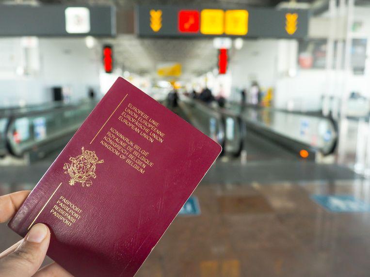 Volgens de Spaanse politie is het een veelgebruikte truc om illegaal Europa binnen te komen.