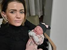 Grote verslagenheid na overlijden Almelose baby Zara-Lizzy in Duits ziekenhuis
