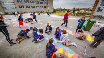 Sint-Jozefschool maakt krijttekening voor Gent-Wevelgem en hoopt daarmee live op tv te komen