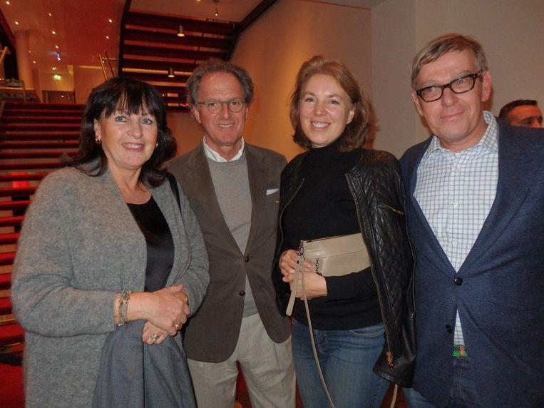 Marijke Rombouts, partner van Ton Rombouts, Bossche burgemeester, CDA-politica Susanne de Roy van Zuidewijn-Rive en advocaat Barend de Roy van Zuidewijn Beeld Schuim