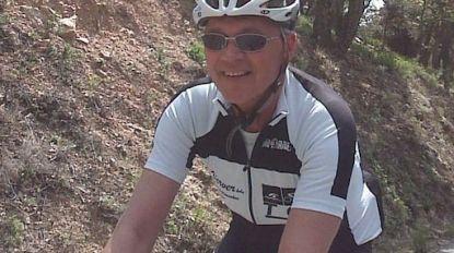 """""""Ik hoop dat ze u daarboven een gouden fiets geven"""": afscheid van verongelukte Romain Paredis"""
