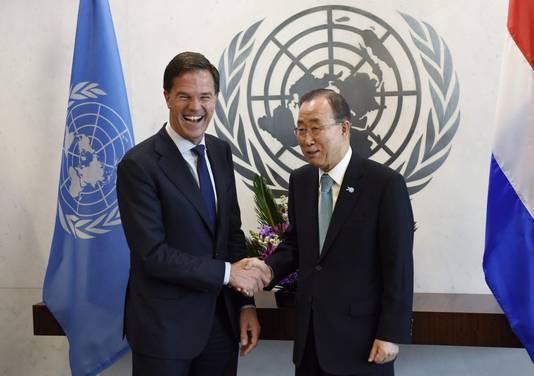 Premier Mark Rutte staat bekend om zijn 'big smile'. Zoals hier met United Nations Secretary-General Ban Ki-moon.