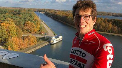 """Hugo Houle wint eerste Grote Prijs Stig Broeckx: """"Ik ben er toch een beetje bij vandaag"""""""