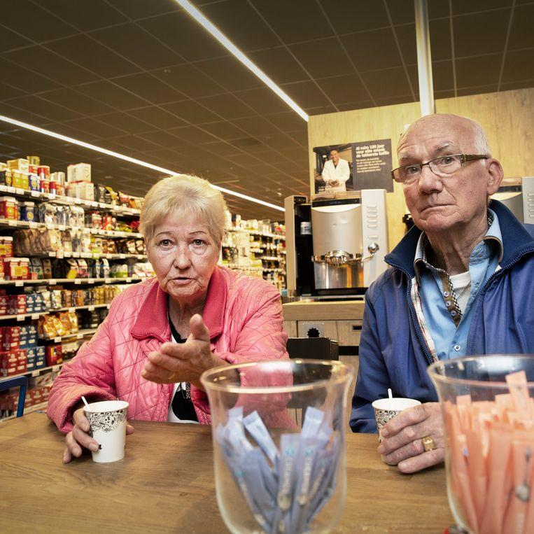 Marian Zijlmans (69) en Harrie Smeulders (78). Beeld Ton Toemen
