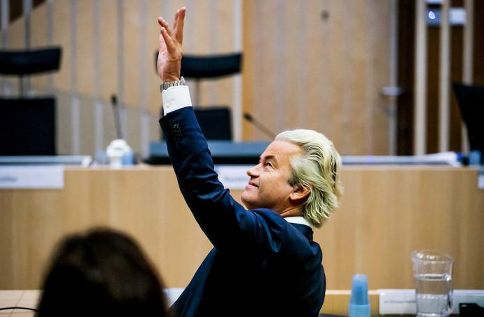 Geert Wilders tijdens een eerdere zitting in het Justitieel Complex Schiphol.