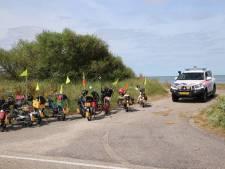 Bromfietser botst op wielrenner bij Kamperland en raakt gewond