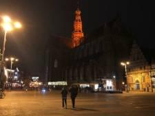 Haarlemse gebouwen kleuren oranje: dit is waarom