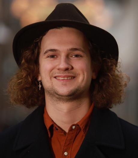 Jannik studeerde zang, maar is nu leerling-kok