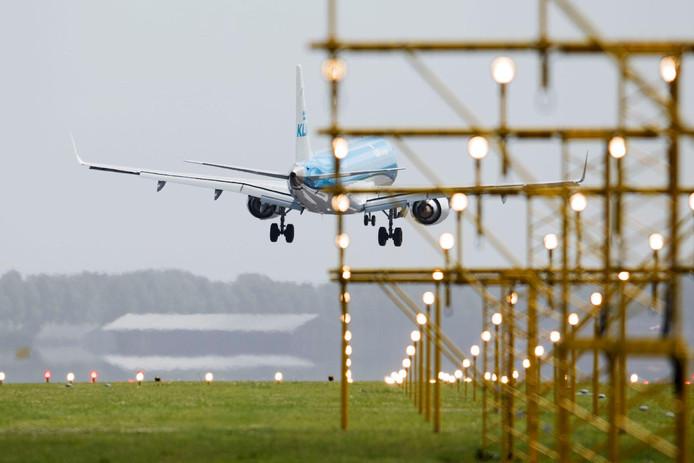 Vakantievluchten mogen straks niet meer op Schiphol starten en landen in de nachtelijke uren.
