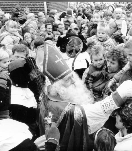 Hoe zag de intocht van de Sint er vroeger uit? Vanaf 1952 in beeld