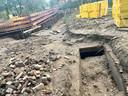 Onderzoekers zijn bezig om de tunnel uit te graven.
