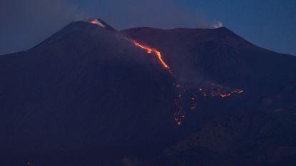 Etna opnieuw actief: prachtige beelden van gutsende lava