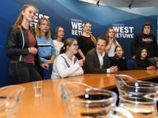 Jeugdraad West Betuwe gaat zich met serieuze zaken bezighouden: veiliger fietsen en ontmoetingsplekken