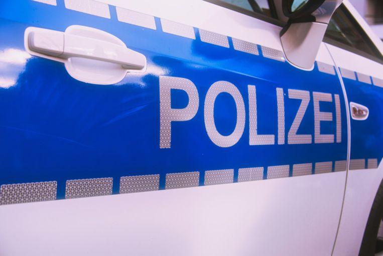 De politie liet de feesttrein stoppen in het station van de plaats Greven.