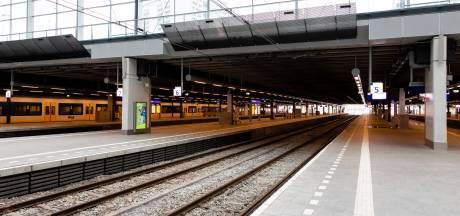 Treinreizigers overvallen door werkzaamheden tussen Den Haag en Haarlem