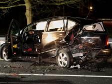 Stilstaande auto geramd op vluchtstrook, drie gewonden bij ernstig ongeval A2 bij Vught
