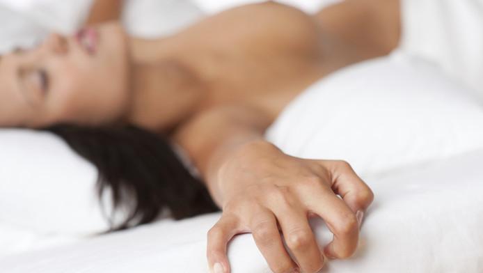 geluiden van vrouwelijk orgasme Amy Rose porno strip