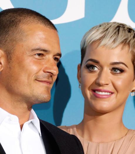 Orlando Bloom geeft Katy Perry roze verlovingsring