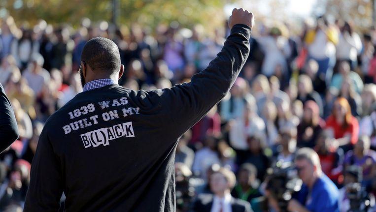 Demonstranten op de campus van de Universiteit van Missouri, in de week voor het aftreden van directeur Tim Wolfe.