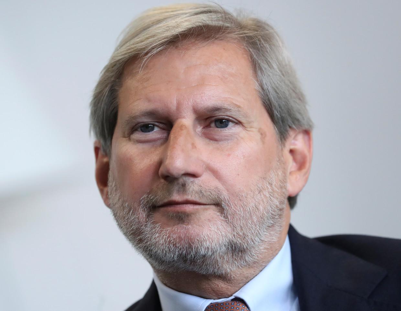 """Europees Commissaris Johannes Hahn: """"We moeten wel degelijk haast maken"""""""