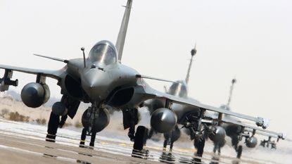 Franse bommen doden tientallen IS-strijders in Syrië