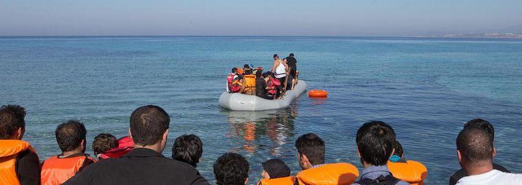 Vluchtelingen vertrekken vanuit Izmir, Turkije naar Griekenland. Beeld Cigdem Yuksel