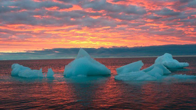 Ozonaantastende gassen zijn moeilijk terug te vinden in luchtmonsters. Op de foto de lucht boven de Noordelijke IJszee. Beeld ap