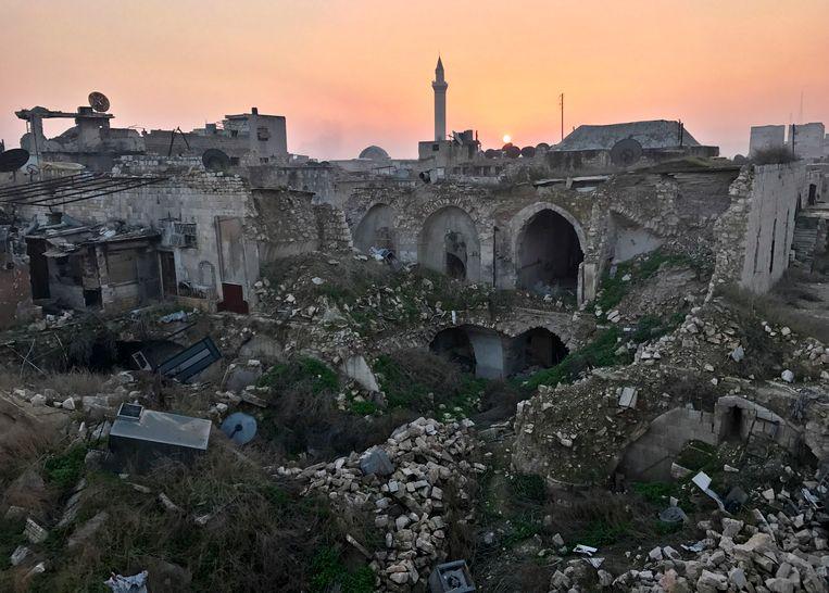 De vernielingen in de Syrische stad Aleppo zijn niet te overzien.