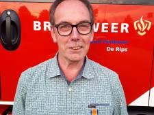 Lintjes voor brandweermannen in De Rips