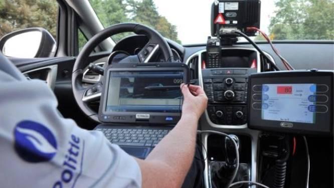Bestuurder rijdt meer dan 140 kilometer per uur in zone 70