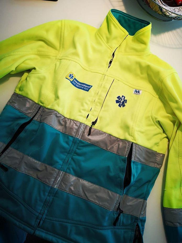Een soortgelijke jas zoals die vandaag uit een ambulance is gestolen.