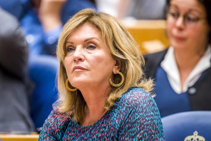 Pia Dijkstra (D66) tijdens een plenair debat in de Tweede Kamer.