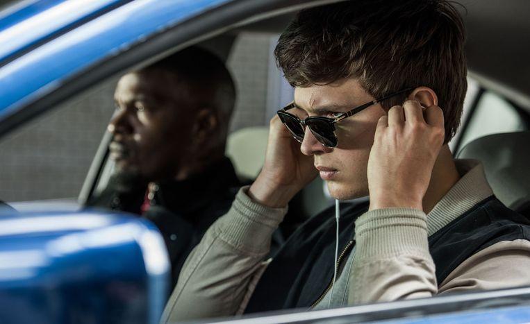 Ansel Elgort en Jamie Foxx in 'Baby Driver'.