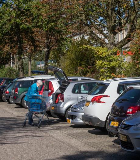 Wageningen worstelt met parkeren auto's en fietsen