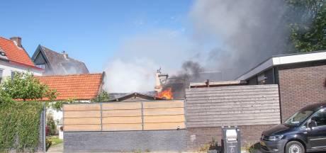 Schuur naast woning brandt af in Soesterkwartier, geen gewonden: 'Het had ook anders af kunnen lopen'