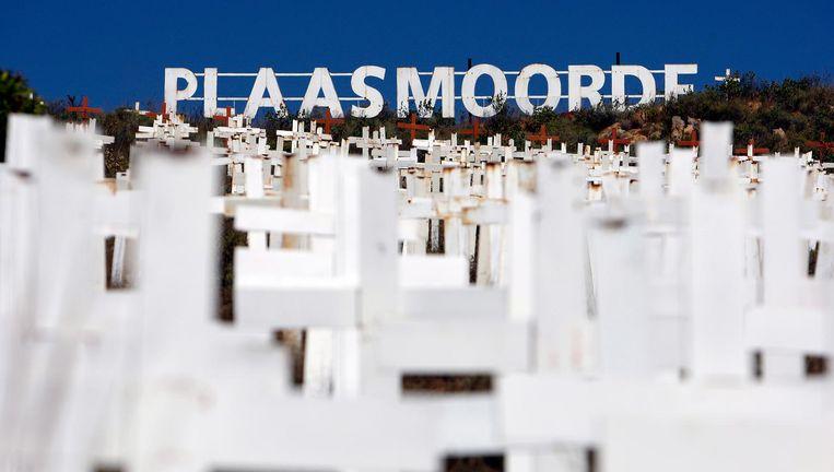 Het monument in Zuid-Afrika te nagedachtenis aan de al ruim 2000 blanke boeren die sinds het einde van de apartheid in 1994 werden vermoord. Beeld EPA