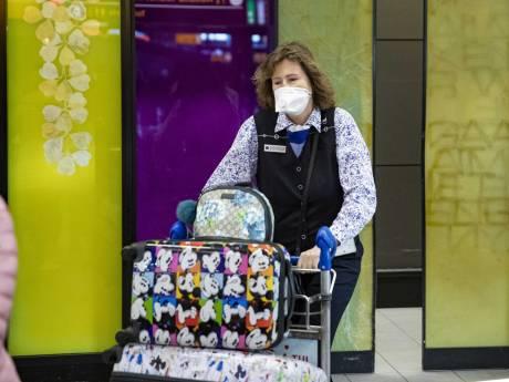 Inwoners Groene Hart massaal op zoek naar middelen tegen coronavirus: ''De mondkapjes vliegen de deur uit''