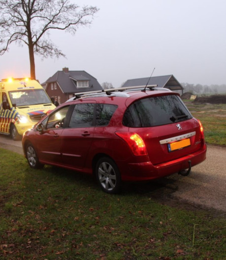 Brommerbestuurder gewond na ongeval op de Lichtenbergerweg