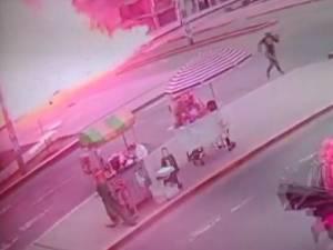 L'explosion impressionnante d'un camion au Pérou: 8 morts, 40 blessés, un quartier soufflé