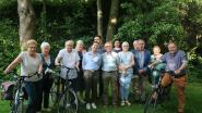 Senioren smoefelen en fietsen van boerderij naar boerderij